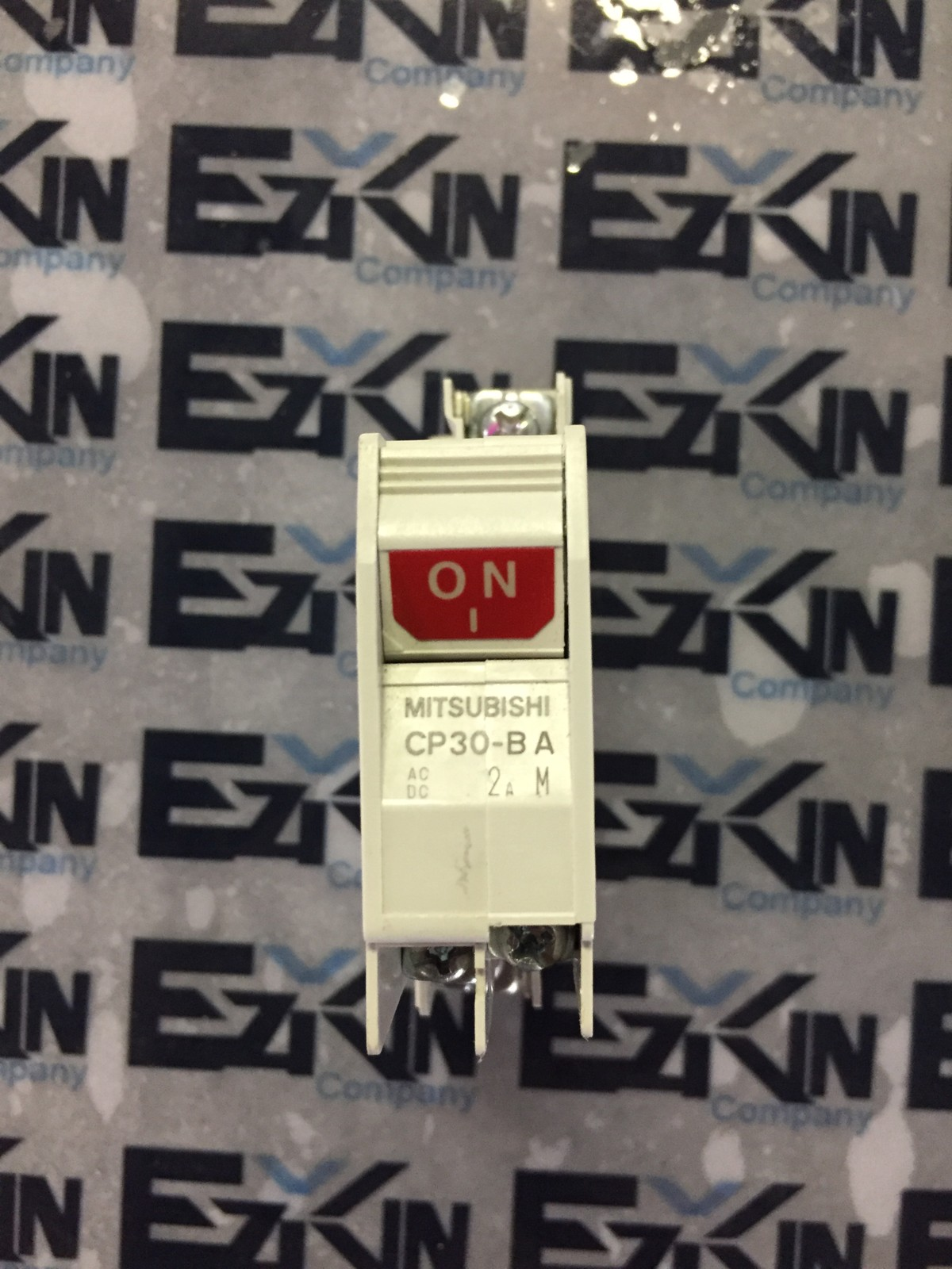 MITSUBISHI CP30-BA CIRCUIT PROTECTOR 2A 220VAC POLE 1 W/AUX SWITCH