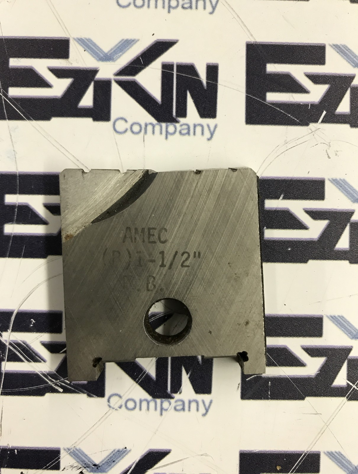 AMEC FLAT BOTTOM HSS 1-1/2