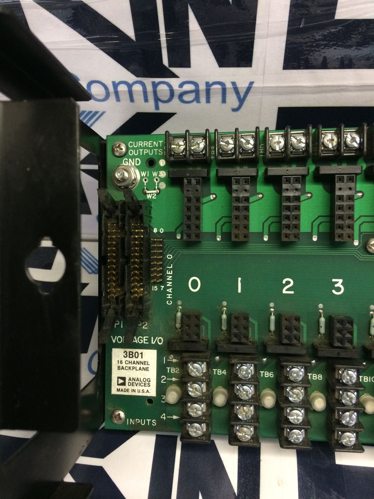 Analog Devices 3B01 16 Channel Backplane Module with AC1307 Power Supply