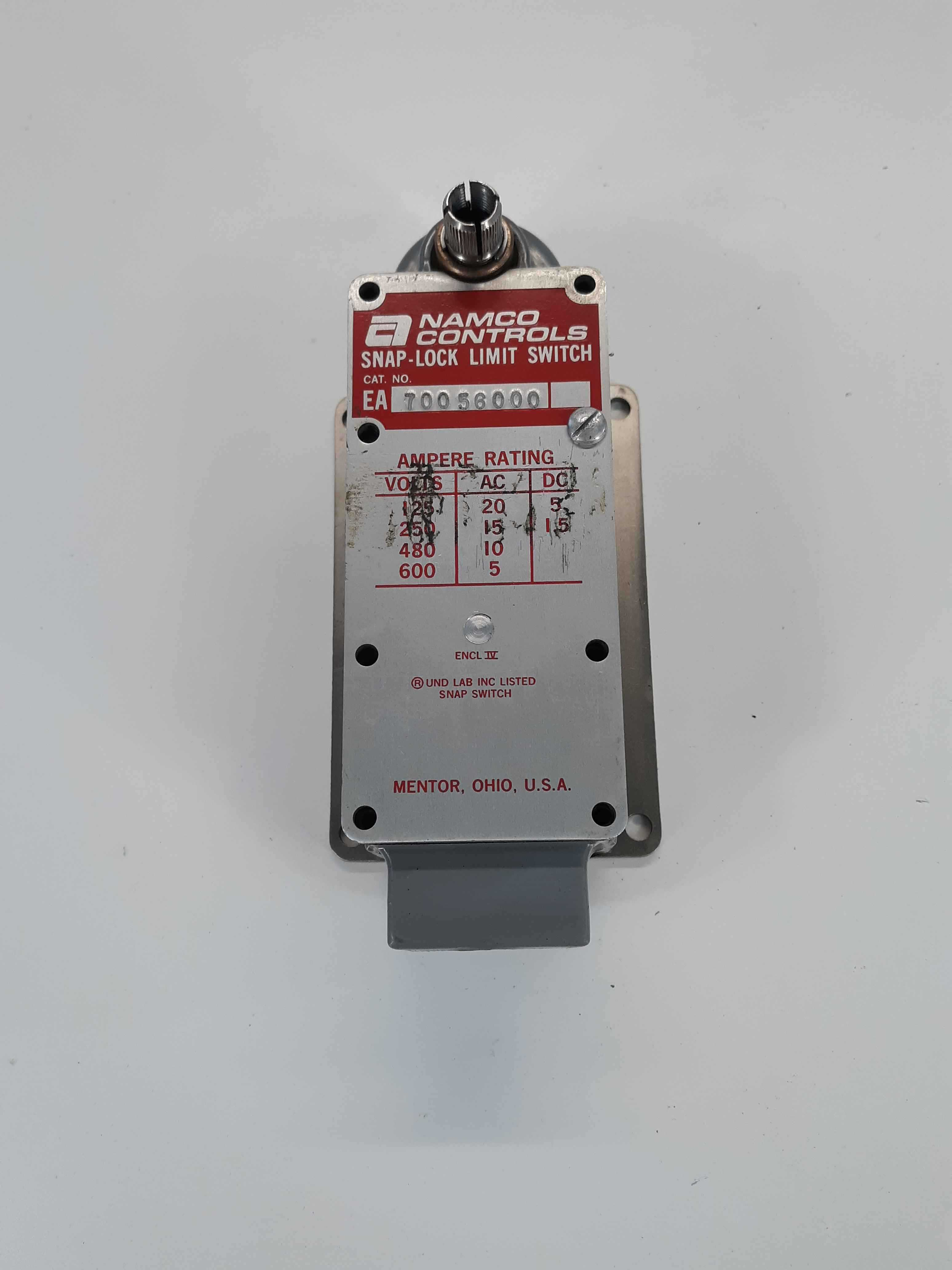 Namco Controls EA70056000 Snap-Lock Limit Switch