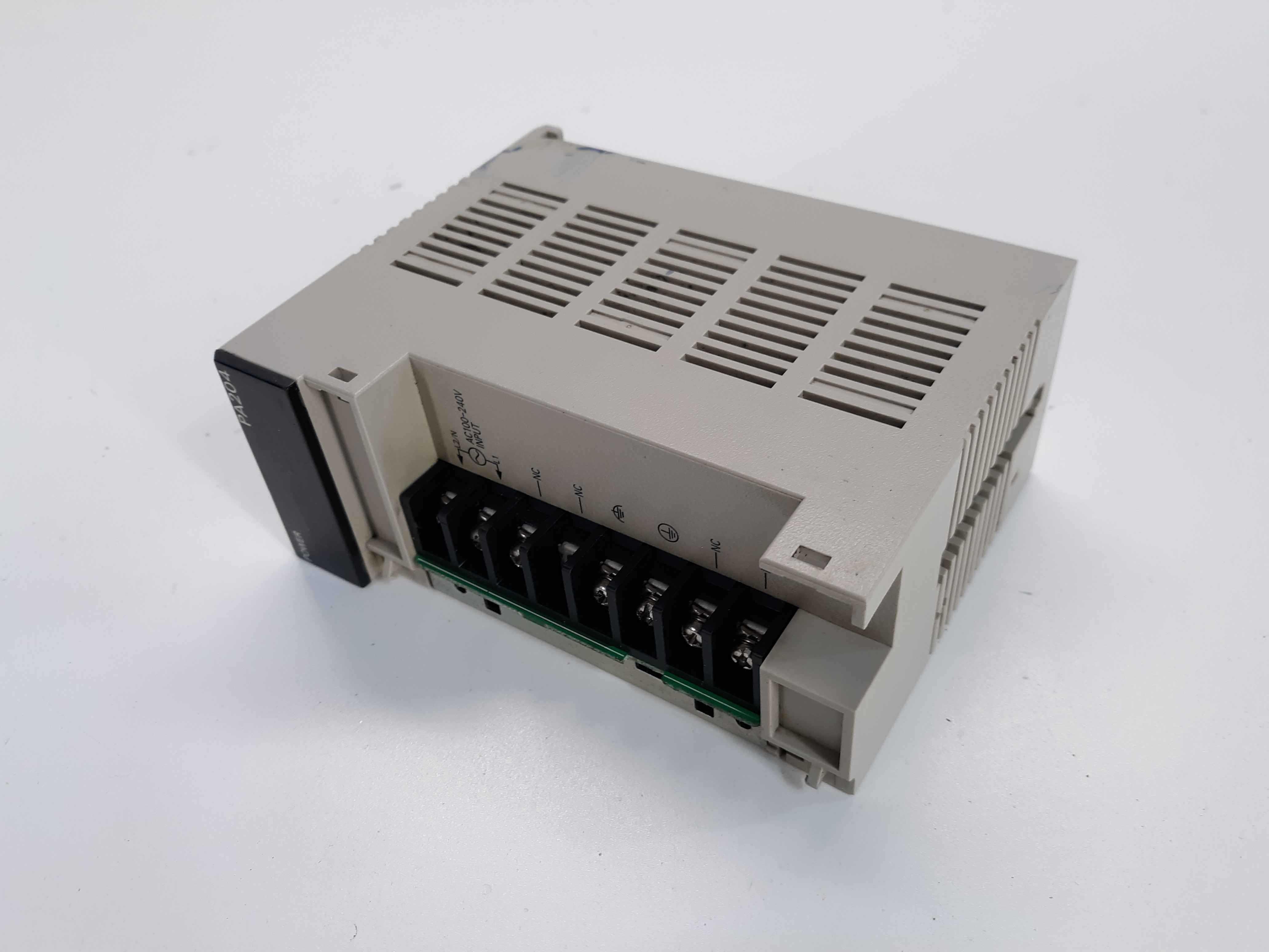 Omron C200HW-PA204/Wide AC Power Supply Unit (Missing Cover)
