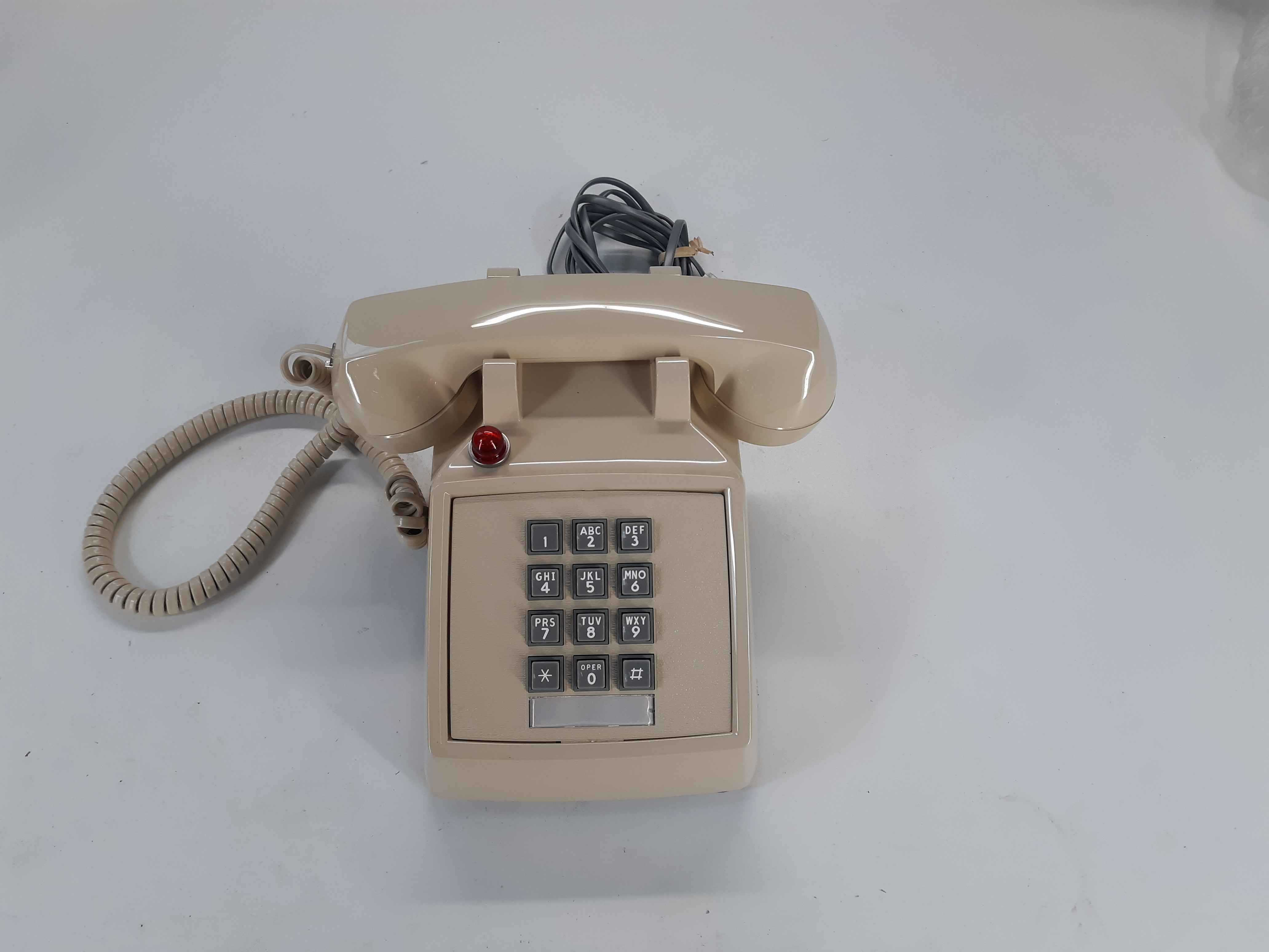 ITT 250044-MBA-27M  Desk Phone