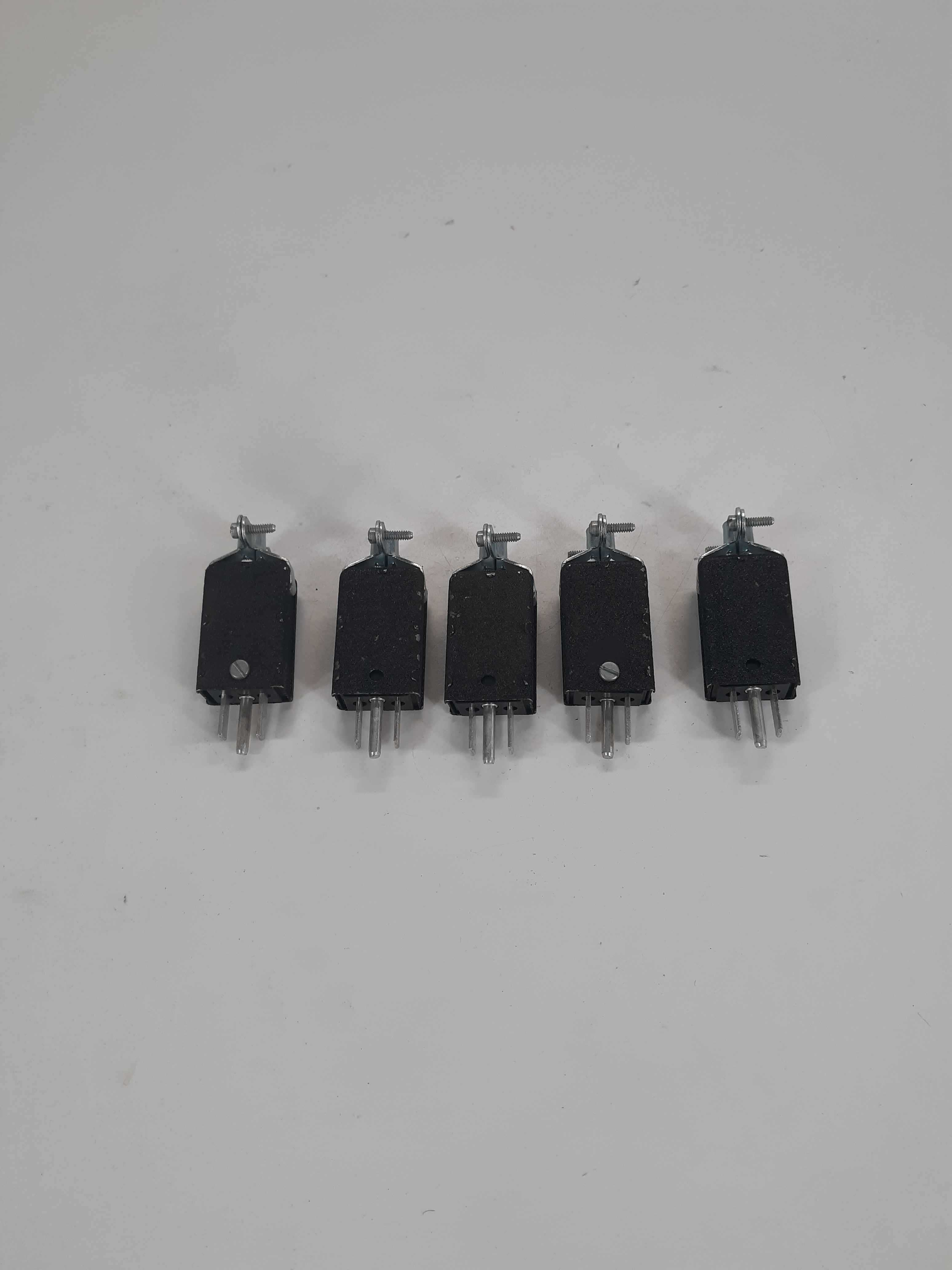 TRW Cinch Plug 3 Contact lot of 5