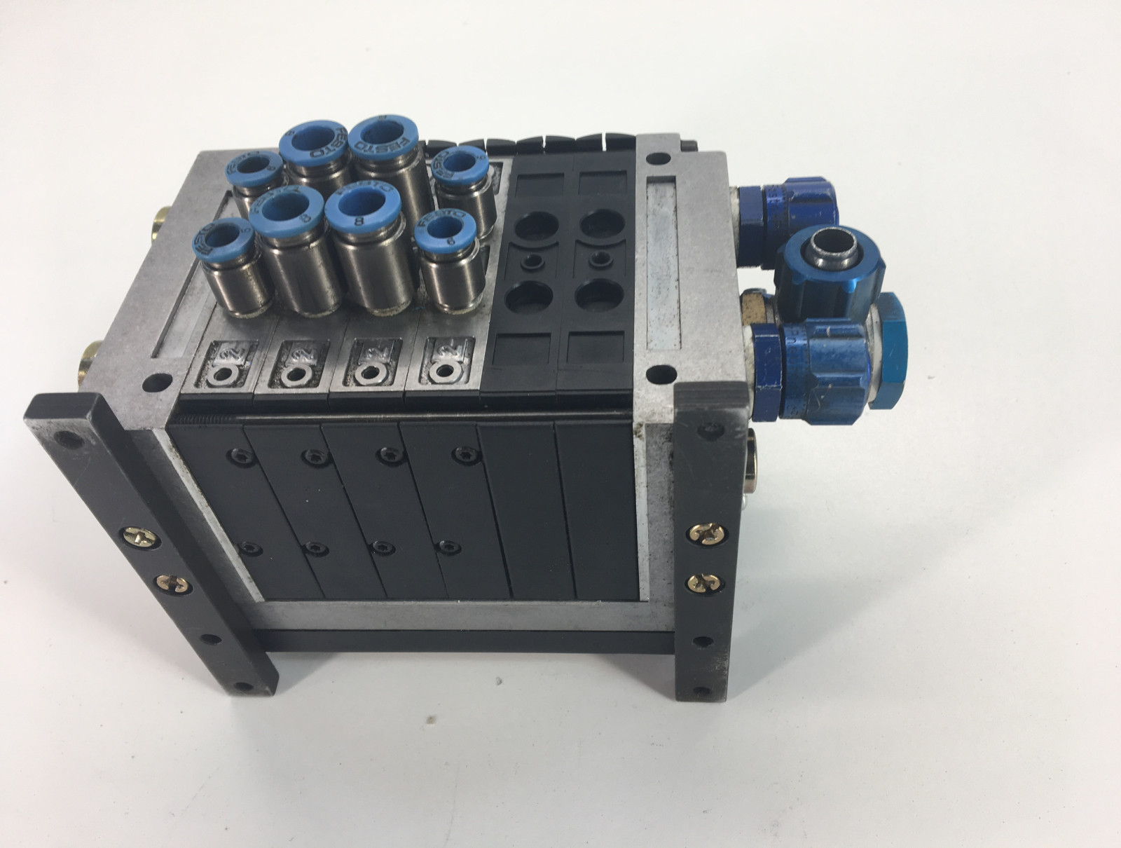 FESTO ,PNEUMATIC VALVE BLOCK CPV14-GE-MP-6