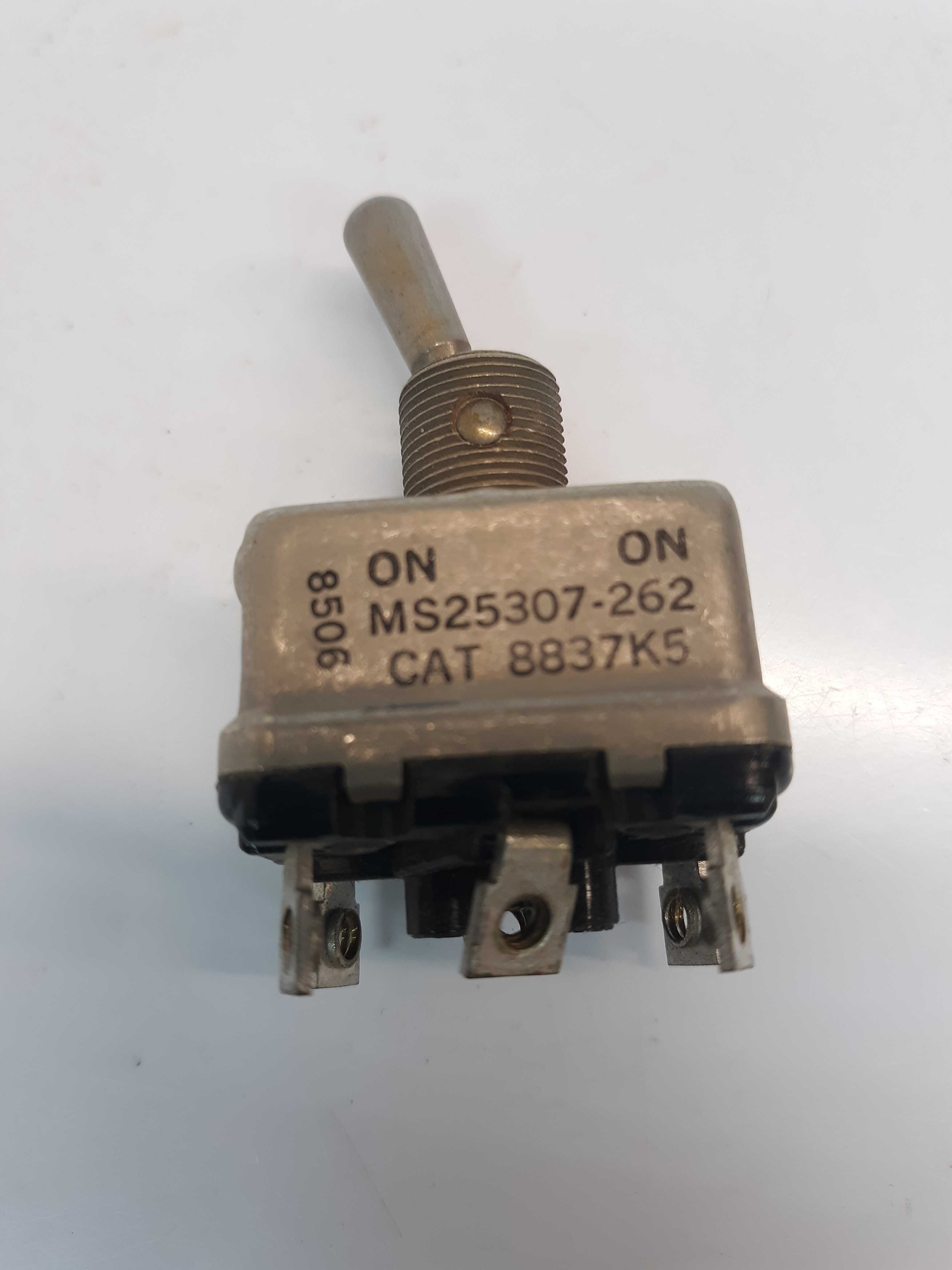 Cutler Hammer MS25307-262 Toggle Switch ON ON 8837K5