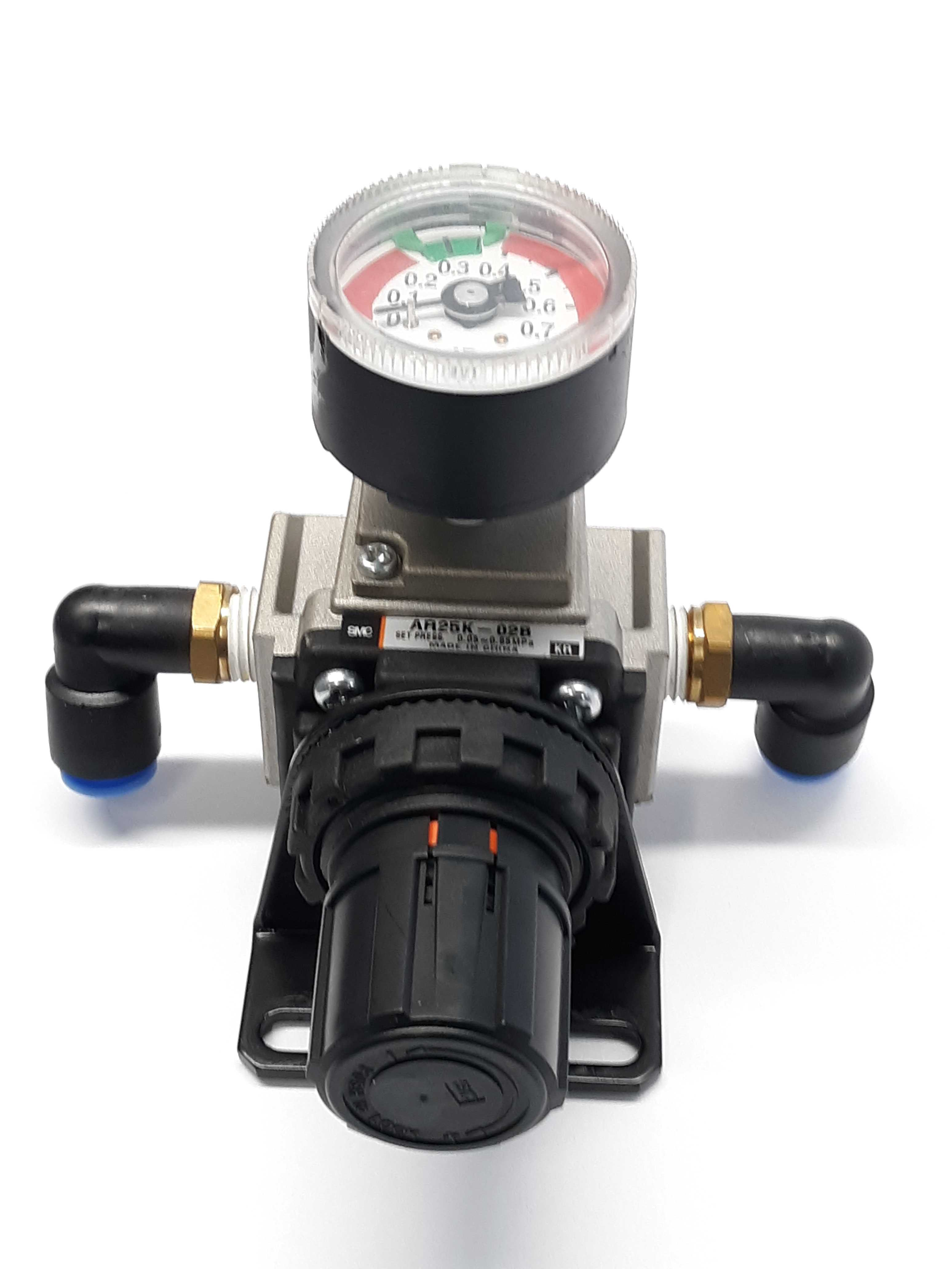 SMC AR25K-02B Pneumatic Regulator