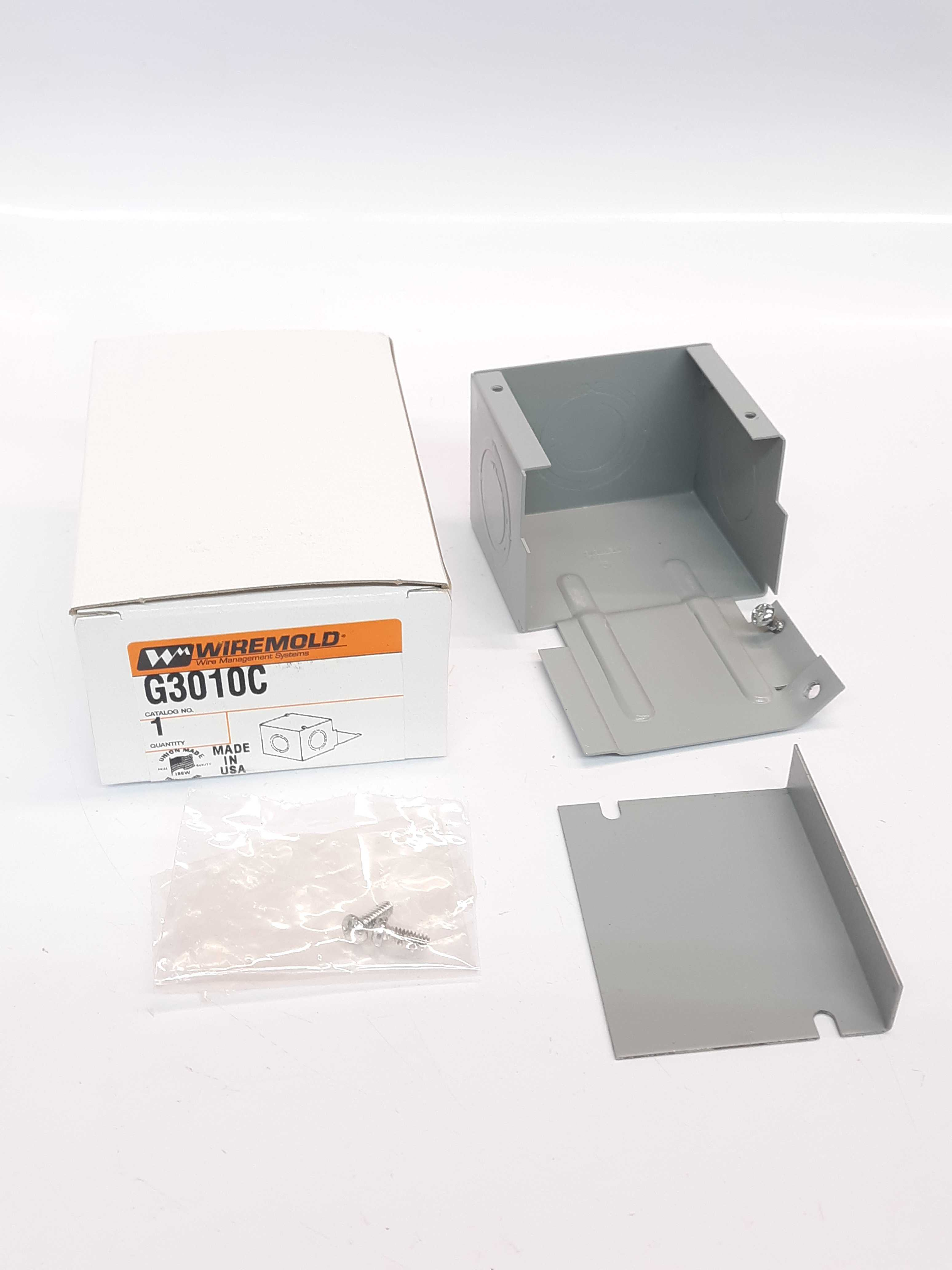 Wiremold G3010C Gray Entrance End Fitting Surface Metal Raceway Fit