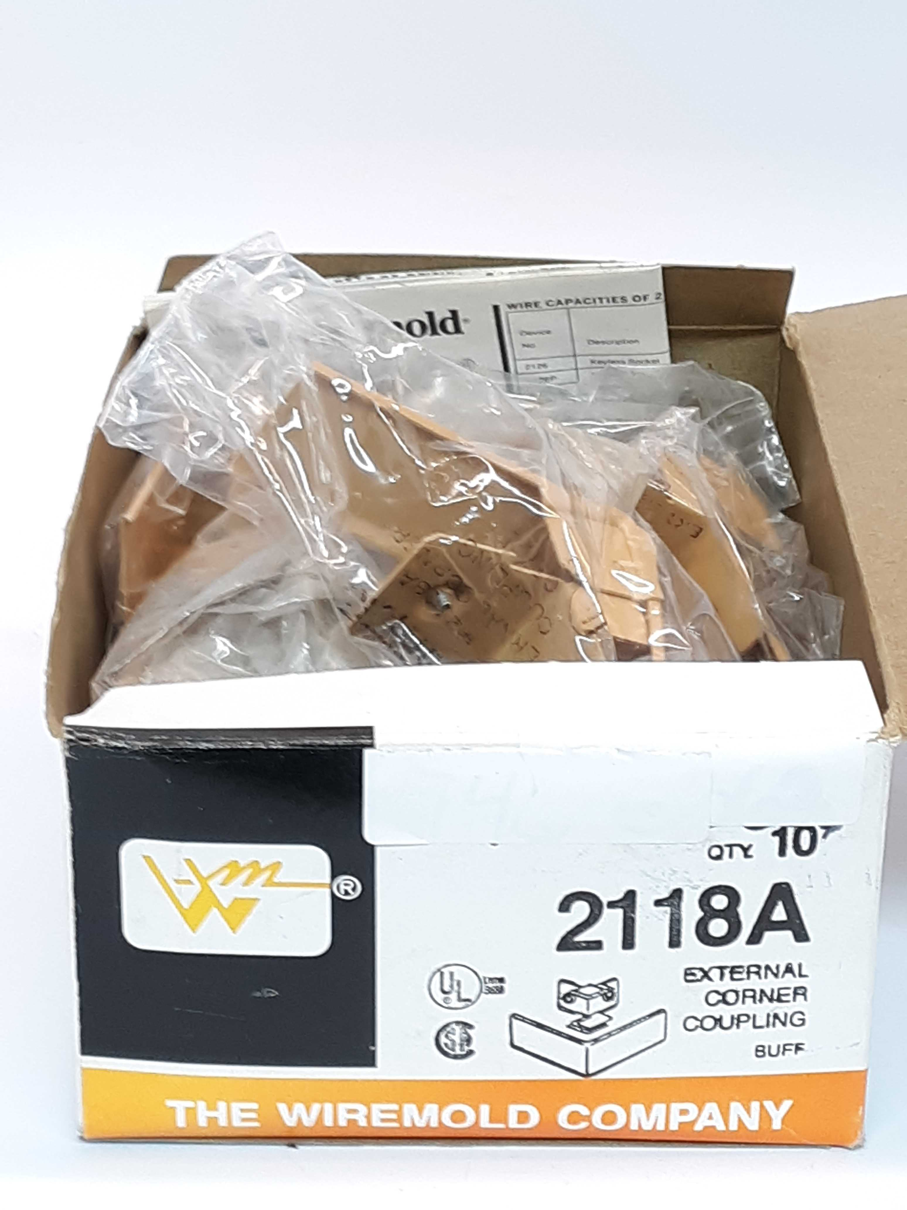 Wiremold 2118A  External Corner Coupling   Lot of 10