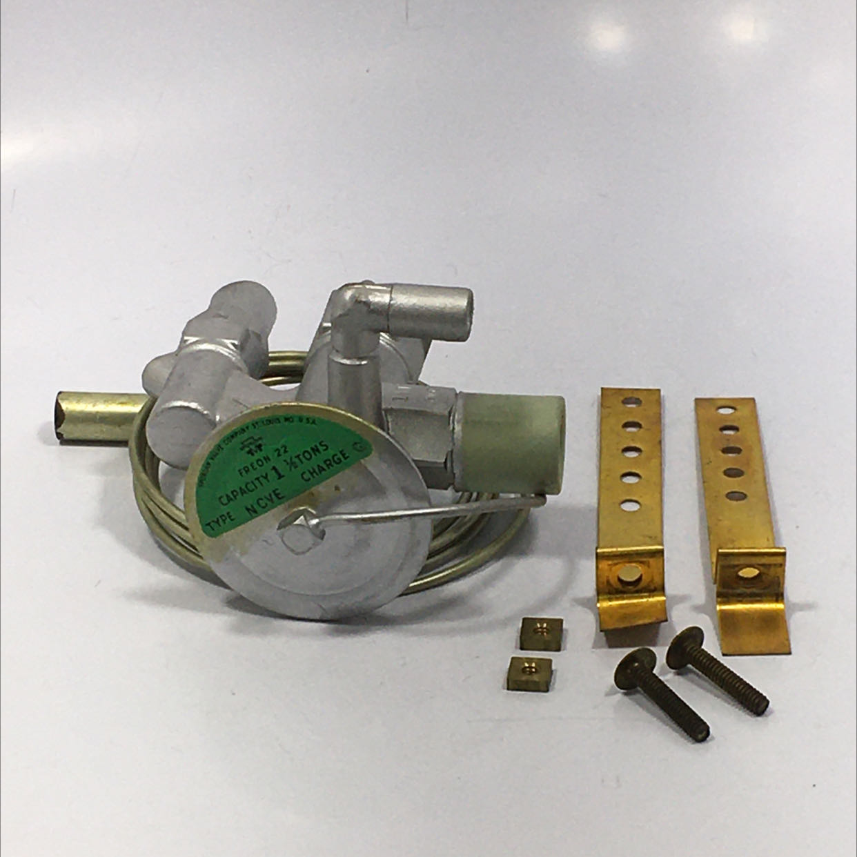 Sporlan Valve Co NCVE Freon-22 Capacity 1-1/2 Tons Charge G